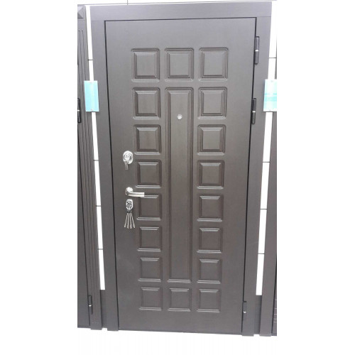 Металлическая входная дверь Сенатор — стандарт (под панель)
