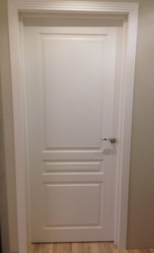Белая дверь эмаль Турин