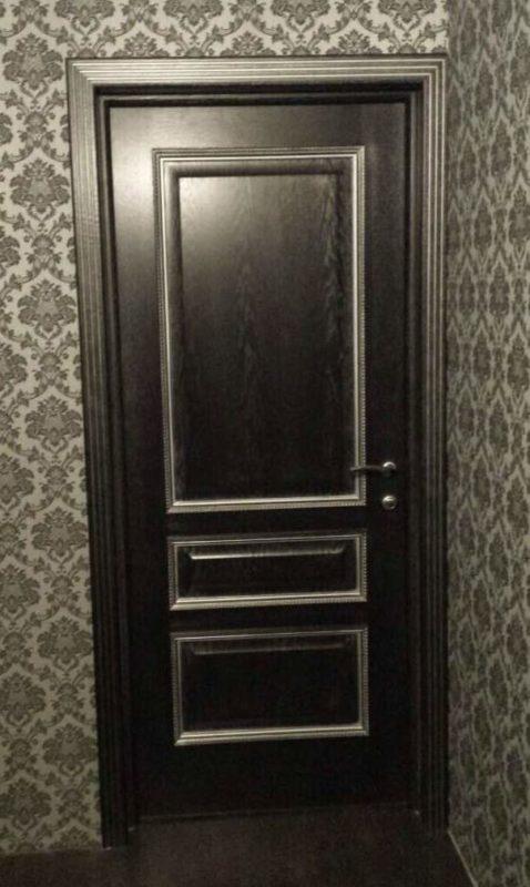 Белорусская дверь Вена черная патина