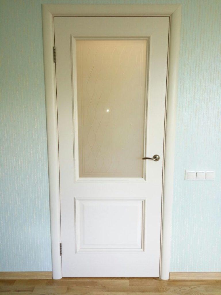 Двери цвета ваниль