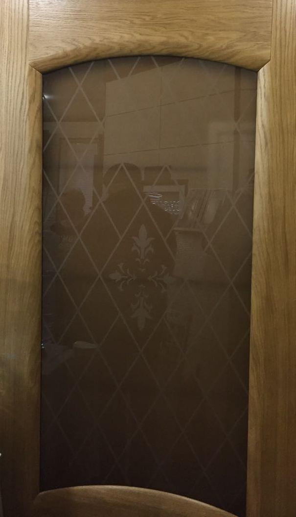 Дверь дуб со стеклом лаура