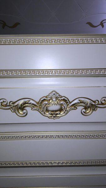 Лацио остекленная слоновая кость патина золото