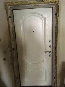 Входная дверь Феникс панель монако ясень жемчуг